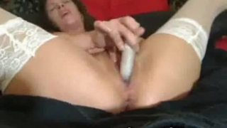 Horny milf toying her pussy and squirting