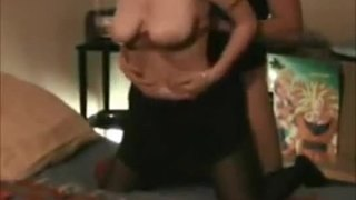 Amateur milf gets fucked in bed - more videos on mycamgirls.webcam